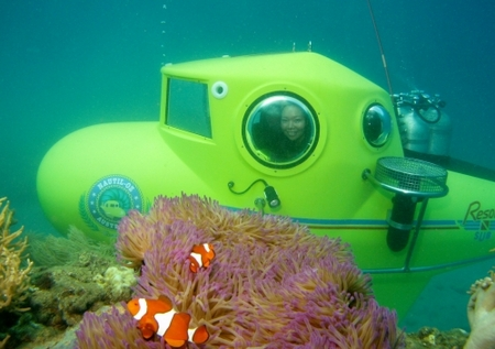 Personal Submersible - Resort Sub - Great Barrier Reef Submarines